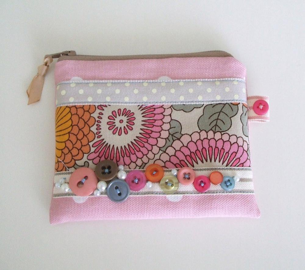 SALE Pink Coin Purse With Polka Dot.. on Luulla