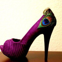 Purple Peacock Pleated Peep Toe Pumps Size 10 by LaPlumeEthere
