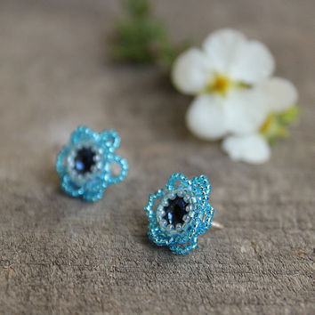 Stud earrings, flower aquamarine earrings, blue beaded flower earrings, gift for girlfriend, christmas gift for daughter, stud flowers