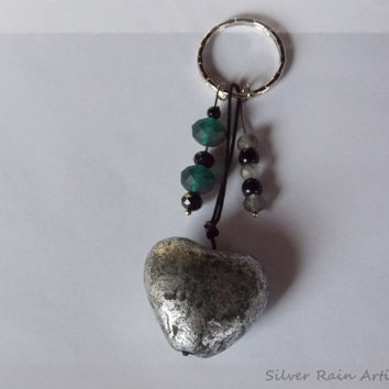 Heart Keychain- Love - Keychain - Keyring - Key Chain Key Ring - Keys accessories - Heart and beads charms - Silver tone keychain