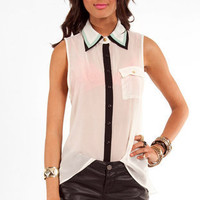 Double Dipper Sleeveless Button Down Shirt in Ivory and Mint :: tobi