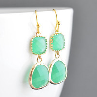 Jade green zircon 16k gold earrings