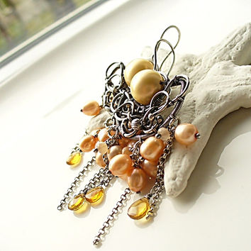 Peach Pearl Cluster Earrings - Fine Silver Chandelier Earrings - Yellow Cirine Earrings