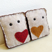Christmas in July Sale - Best Friends PB&J - Set of Handsewn Plush Peanut Butter and Jelly Bread