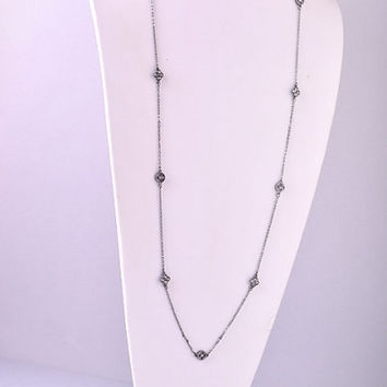 Long Quatrefoil and Chain Necklace - Gold, Silver or Gunmetal – H.C.B.