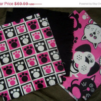 """Flannel rag quilt kit Dogs and Cats puppy kitty paw prints fringed die cut fabric squares and batting complete ready to sew 45.5""""x58.5"""