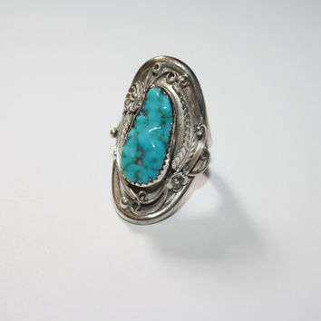 Beautiful LARGE Turquoise stone ring with leaves Vintage Sterling Silver Ring Size 7.5- Free US Ship