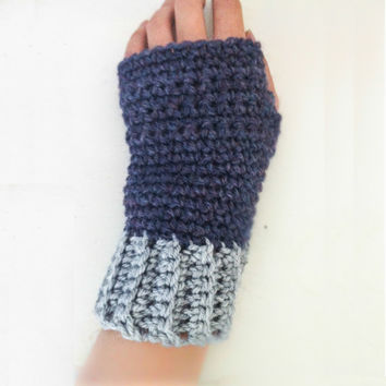 Navy & Gray Hand warmers, Womens Hand warmers, Texting gloves, Blue Hand warmers, Crochet Wristwarmers, Teens