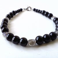 Black pearl and metal spiral beaded bracelet