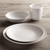 Chinese Porcelain Classic Coupe 16-Piece Dinnerware Set with Classic Coupe Cereal Bowl