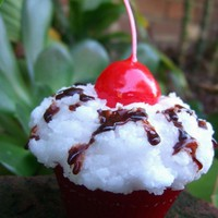 CANDLE Red Velvet Cupcake with Chocolate Syrup 'n by kokocandles