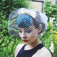 Ivory Silk Bow Birdcage Veil. on Luulla