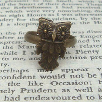 Vivid Owl  Adjustable Brass Ring