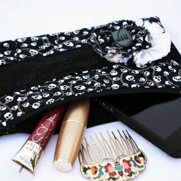 Gothic skulls, lolita pleated Clutch Purse, zippered Pouch, summer Clutch, wristlet with tombstone button