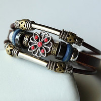 Hand-woven fashion brown genuine leather bracelet with multiple beads BY40