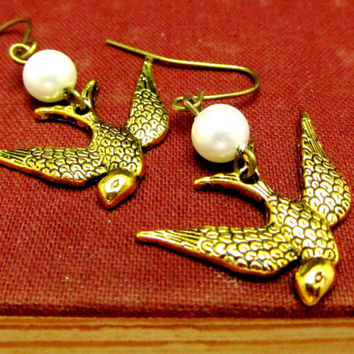 Bird Earrings, Pearl Earrings, Silver Starfish Earrings,Trendy Earrings, Dangle Earrings, Vintage Earrings, Teens Earrings, Bridal Earrings