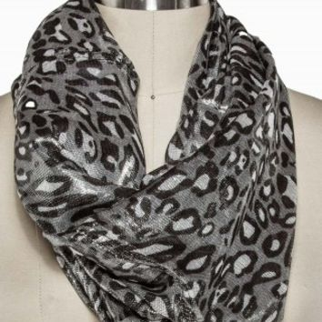 SHINY LEOPARD ETERNITY SCARF