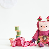 Jen - Little Rose pig, soft art toy by Wassupbrothers