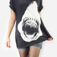 SHARK Attack Head Animal Shirt Animal Tee Shirt Women T-Shirt Men T-Shirt Unisex T-Shirt Short Sleeve Shark T-Shirt Black T-Shirt Size M