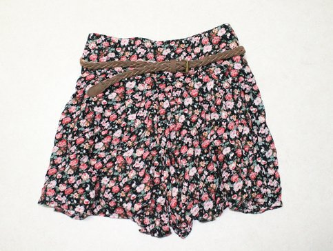 Picks by Nina | Floral skorts | Online Store Powered by Storenvy