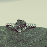 Forget-me-not ring, in sterling silver