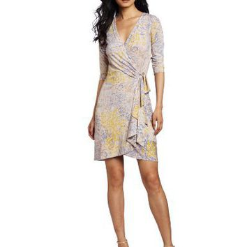 BCBGMAXAZRIA Women`s Alberta The Wrap Dress With Side Tie