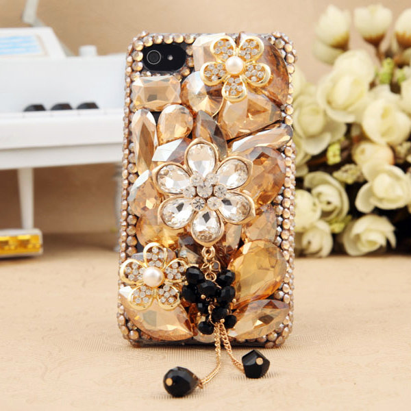 Gullei Trustmart : Artificial Swarovski shiny crystals floral iphone ipod touch case [GTMIPC0123] - $44.00-Couple Gifts, Cool USB Drives, Stylish iPad/iPod/iPhone Cases &amp; Home Decor Ideas