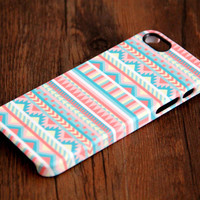 Pink and White Ethnic Aztec iPhone 6 Plus/6/5S/5C/5/4S/4 3D Wrap Case - iPhone