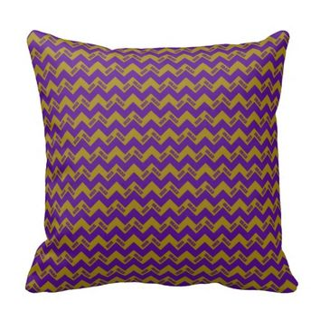 2015 Grad Chevron Pillow, Purple-Gold
