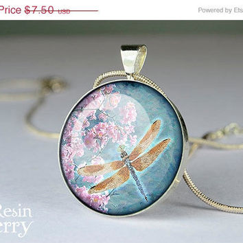 ON SALE: dragonfly pendant charms,dragonfly resin pendant,dragonfly jewelry pendant,dragonfly glass pendant- A0232CP