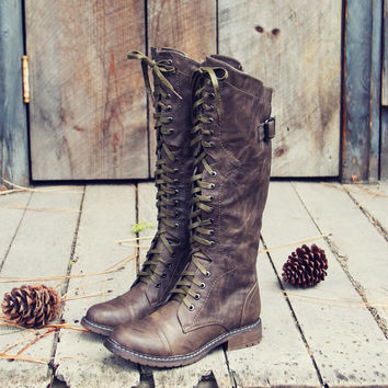 The Flurry & Smoke Boots in Khaki