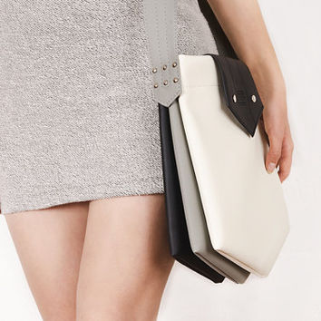 "Messenger bag ""Inki"", black and white shoulder bag"