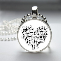 Round Glass Pendant Bezel Pendant Heart Pendant Black Cat Necklace Photo Pendant Art Pendant With Silver Ball Chain (A3884)