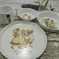 Vintage Holly Hobbie Youth Dinnerware Set Complete American Greetings Corp Oneida Deluxe Melamine