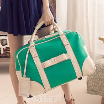 YESSTYLE: PG Beauty- Contrast-Trim Bow-Accent Carryall (Green - One Size) - Free International Shipping on orders over $150