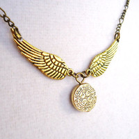 Harry Potter Golden Snitch Necklace - Steampunk Keepsake - Ornate Snitch Pendant