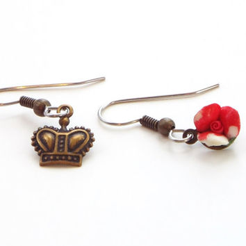 queen of hearts mismatched earrings, alice in wonderland jewelry