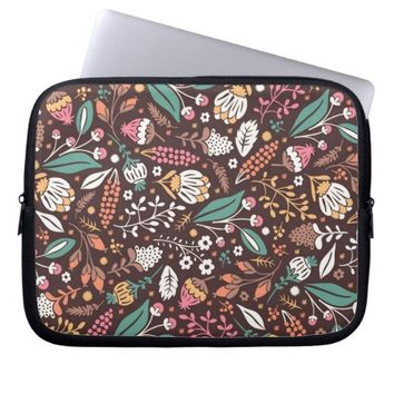 Pretty Vintage Floral Pattern Laptop Sleeve