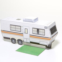 The Mackinac - paper toy camper