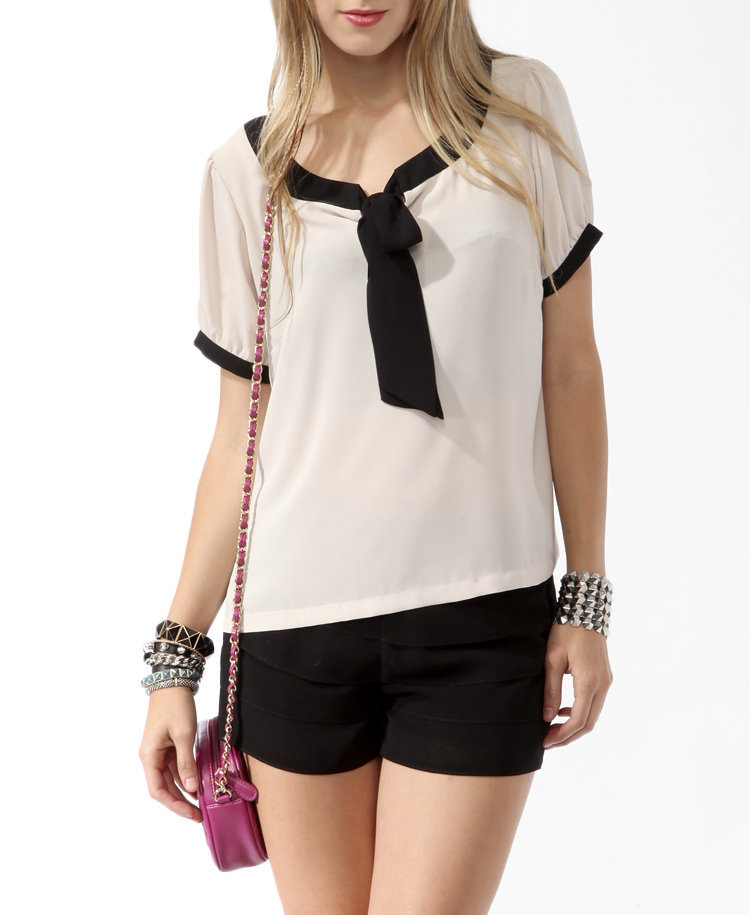 Contrast Tie Neck Top