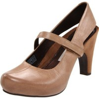 TSUBO Women`s Acrea Pump,Medium Brown,8.5 M US