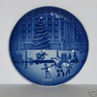 1988 Bing and Gondahl &amp;quot;Christmas In America&amp;quot; Plate -- Coming Home for Christmas (Steam Train Scene)