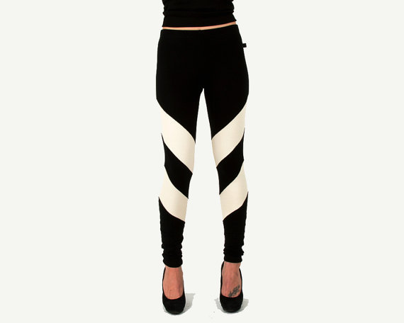 JULY SALE Arrowhead Leggings Black and Cream Chevron Tights