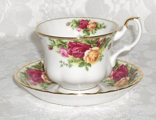 Cup and Saucer 1962 Royal Albert Old Country Roses The beloved vintage pattern by Harold Holdcroft