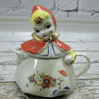 Vintage Little Red Riding Hood Tea pot Hull USA stamped on bottom 1950s