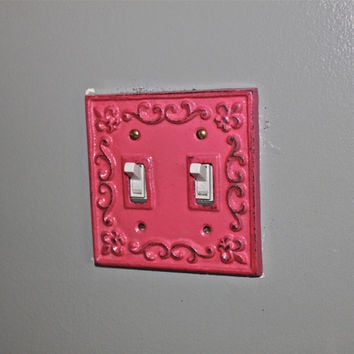 Pink Decorative Light Switch Plate/ Double Switch Cover/ Fleur de lis/ Bright Cast Iron/ Painted Metal/ Shabby Chic /Distressed