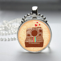 Round Glass Bezel Pendant Vintage Polaroid Camera Pendant Polaroid Camera Necklace Photo Pendant Art Pendant With Silver Ball Chain (A3914)
