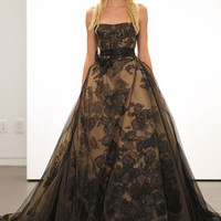 Witch dress would you wear? Vera Wang goes goth with new bridal collection