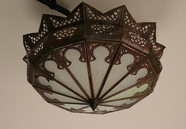 Mtemna bronze light fixture by Mkeshreflect