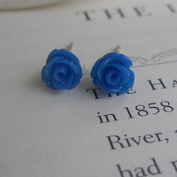 Tiny rose earrings- Rose earrings- Blue roses- Blue earrings- Blue- Fashion- Feminine